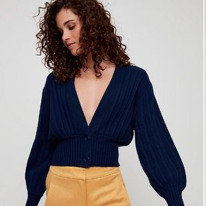 Aritzia Wilfred Thais cardigan. Navy size xxs